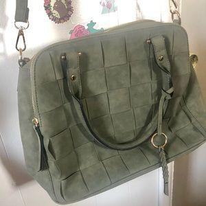 Universal Thread Handbag